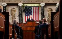 Конгресс США планирует ограничить военные полномочия Трампа