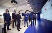 Президент побывал на открытии Киберцентра UA30