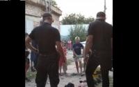 Группа детей в Николаеве спасла бездомного от смерти