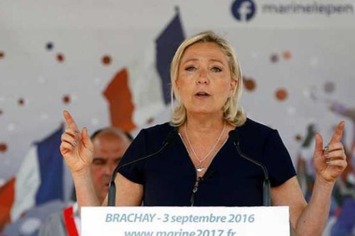 ЛеПен обещала признать русский Крым, если будет президентом Франции