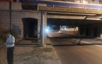 В Одессе женщина прыгнула с железнодорожного моста