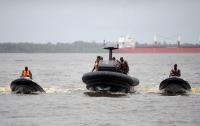 Пираты захватили в плен украинского моряка: Похищены восемь из 12 членов экипажа