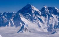 На Эверест совершено первое восхождение после землетрясения 2015 года