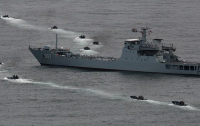 Китай спустил на воду первый универсальный десантный корабль