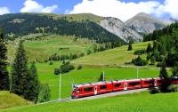 Туристам запретили фотографировать швейцарскую деревню из-за красоты