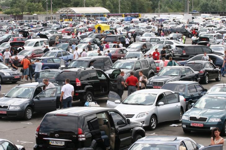 Стало известно, сколько ввезли в Украинское государство «льготных» б/у авто