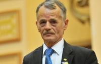 Из Крыма будут выпускать только по украинским паспортам - Джемилев