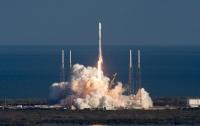 Falcon 9 вывелала на орбиту спутник для защищенной связи (ВИДЕО)