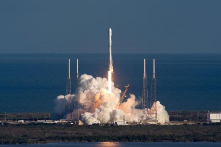 Илон Маск 2-ой раз в 2018г. удачно запустил Falcon 9
