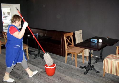 Работа в бресте сторож уборщица