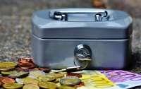 Евросоюз изменил правила ввоза наличных денег