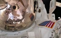 Астронавты NASA вышли в открытый космос