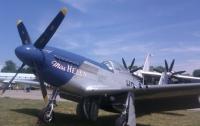 В Киеве начался уникальный фестиваль старинных британских военных самолетов (ФОТО)