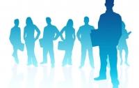 Депутаты приняли закон о найме на работу госслужащих по контракту