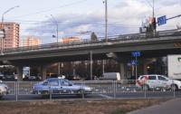 Киевлянам очень сложно стало передвигаться по городу, когда власти решили отремонтировать все и сразу