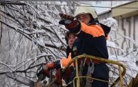 Непогода в Украине: в Украине 10 населенных пунктов остались без электрики