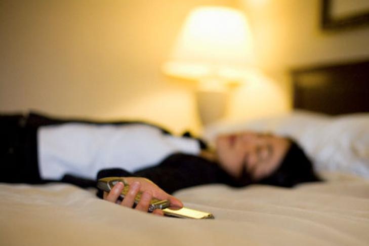Телефонный звонок – сон, который означает, что в реальной жизни некто хочет сообщить вам важные сведения или добивается того, чтобы вы обратили на него внимание.