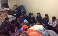 В Киеве задержали десятерых нелегальных мигрантов из Бангладеша
