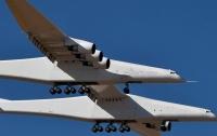 Появились подробности испытаний самого большого в мире самолета (видео)