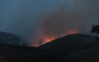 Пожарные эвакуировали целый греческий остров
