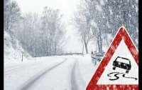 Снег стал причиной аварий и смертей на дорогах