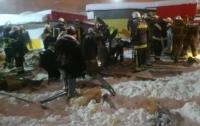 Под тяжестью снега: В Харькове обрушилось здание, есть пострадавшие