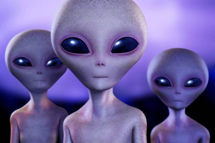 Виртуальный уфолог заснял НЛО, ползающий поповерхности Луны