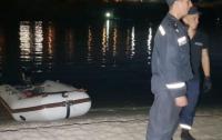 В Николаеве с моста упал мужчина (видео)