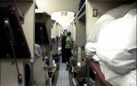 Пассажиры украинских поездов не обязаны сдавать постель