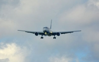 Киевский самолет не смог сесть из-за урагана