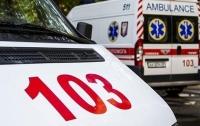 Несколько десятков человек попали с отравлением в больницу после ресторана