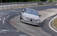 Mercedes начал тестировать 805-сильный суперкар