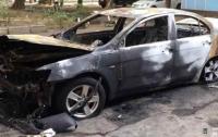 Отомстил бывшей жене: в Одессе задержали вооруженного поджигателя авто