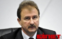 Выборы: округ Пилипишина могут отдать Попову