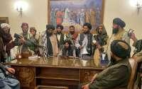 Правительство талибов впервые приняло в Афганистане делегацию из Катара