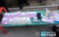 Банду фальшивомонетчиков арестовали в Запорожье (видео)