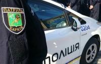 Харьковские полицейские задержали мужчину, вооруженного необычным кинжалом