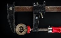 Курс Bitcoin провалился ниже психологического рубежа