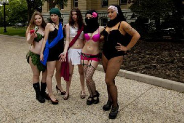 дешевые проститутки разных национальностей