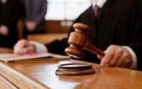 В Киеве следователь полиции незаконно изъял у бизнесмена имущество