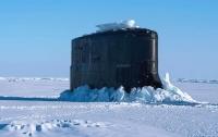 CNN опубликовал видео с подлодкой США, которая застряла во льдах Арктики