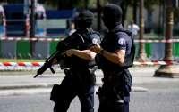 Под Парижем задержали группу лиц избивших украинского подростка