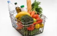 Какие продукты не стоит покупать в супермаркете