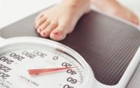 Ученые объяснили, почему люди полнеют после похудения
