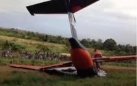 Украинский самолет разбился из-за попадания птиц в двигатель