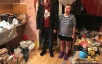 Семейный подряд: В Киеве супружеская пара изготовляла и сбывала наркотики