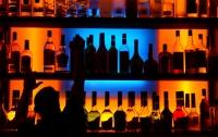 Бандиты пытались ограбить бар, где веселились полицейские