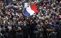 В Париже началось первое движение