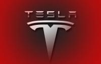 Автомобили Tesla смогут сами приезжать к покупателю