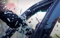 Разбивал стекло и грабил: иностранец в Киеве нападал на авто